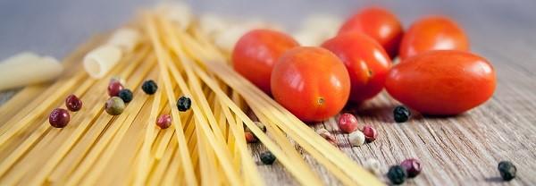 One pot pasta, des pâtes et leurs ingrédients