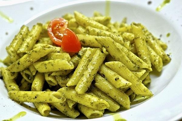 One pot pasta aux tomates et au pesto